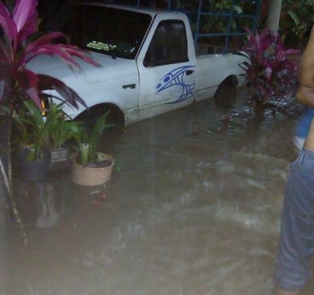 frente frío 6 provoca fuertes lluvias e inundaciones en algunos puntos de Veracruz