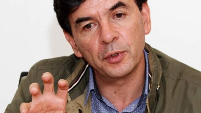 Jesús Ramírez niega sesgo en preguntas de consulta sobre nuevo aeropuerto