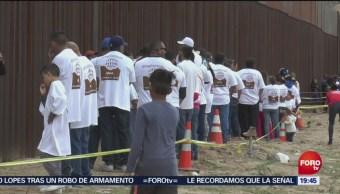 Abrazos No Muros Reúne A Familias Chihuahua Gobierno Estadounidense