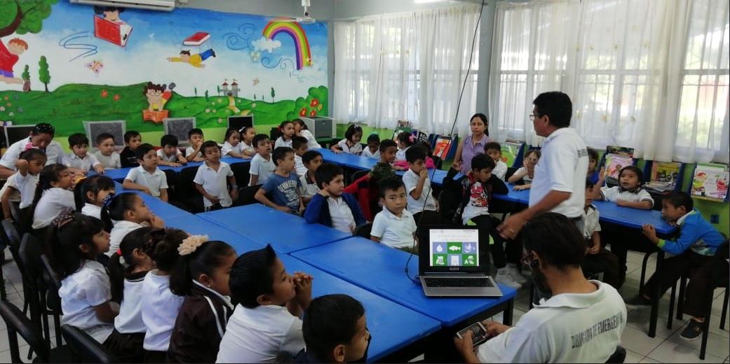 Resultado de imagen para Enseñar lengua maya será obligatorio en Yucatán