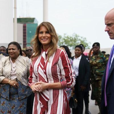 Por qué Melania luce más contenta en su gira por África, por sí sola, que en la Casa Blanca con Trump