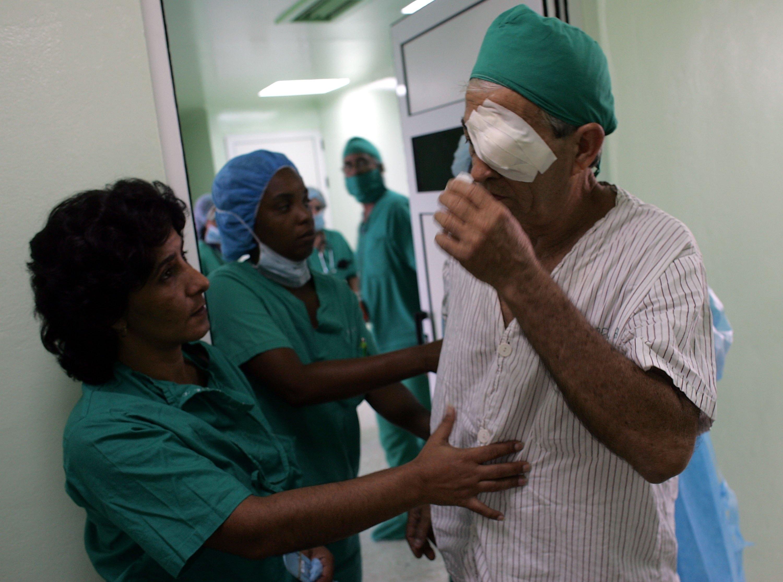 medicos-doctores-cuba