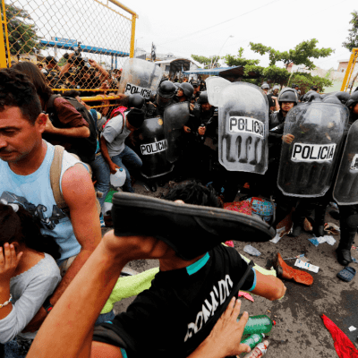 Fuerzas Armadas les 'están esperando', dice Trump a caravana migrante