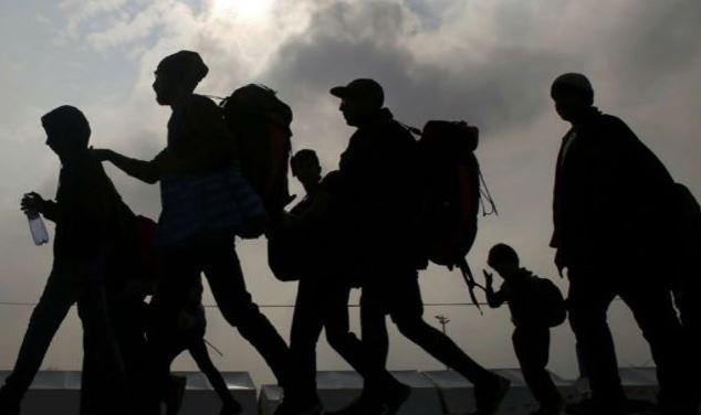 rescatan 42 migrantes guatemaltecos hacinados camion oaxaca