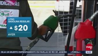 Litro de gasolina regular supera los 20 pesos