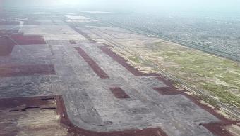 Nuevo aeropuerto, Texcoco o Santa Lucía, análisis de encuestadores