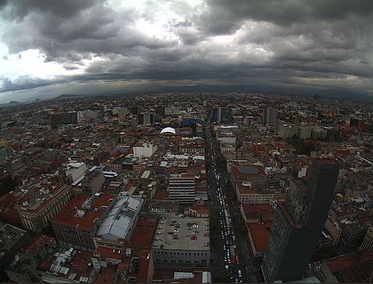 Prevén cielo nublado y lluvias en la Ciudad de México