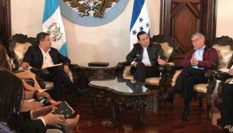 Presidentes de Guatemala y Honduras hablan con EPN