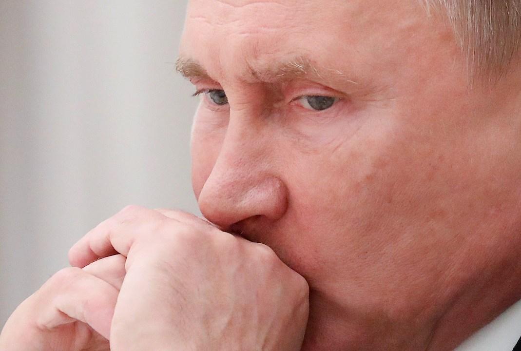 Putin dice a Bolton Rusia está sorprendida por pasos de EU