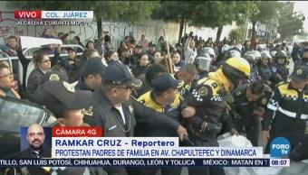 Protestan padres de familia en Av. Chapultepec y Dinamarca