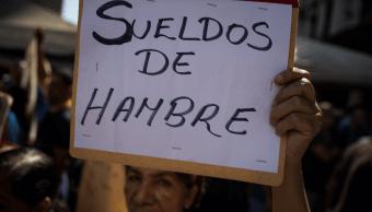 Venezuela: Retan a Maduro a vivir con sueldo de trabajador