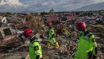 Se agota el tiempo para hallar sobrevivientes en Indonesia