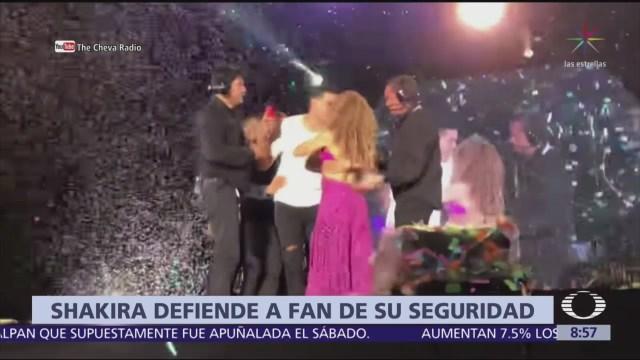 Shakira defiende a fan durante concierto en CDMX