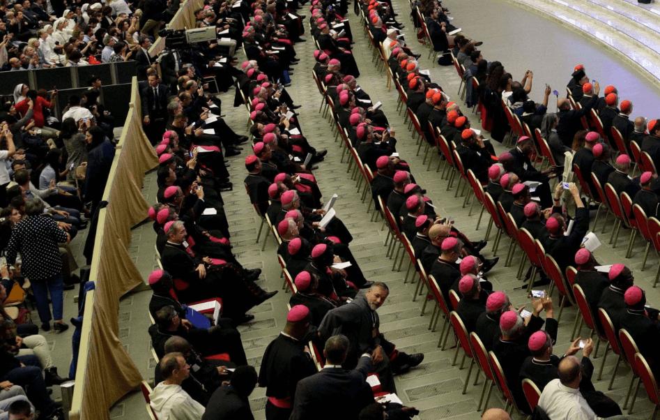 Sínodo de los obispos pide actuar contra abuso sexual
