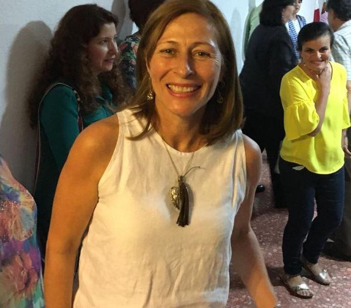La diputación me permite estar con mi familia, dice Tatiana Clouthier
