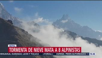 Tormenta de nieve mata a 8 alpinistas en Nepal