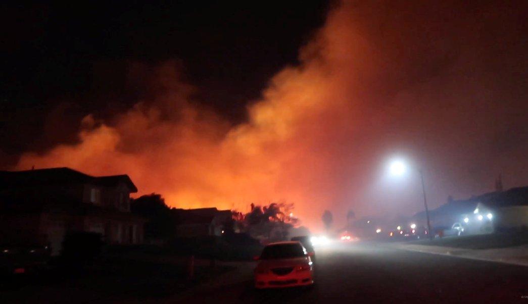 ascienden 56 muertos por incendios en california