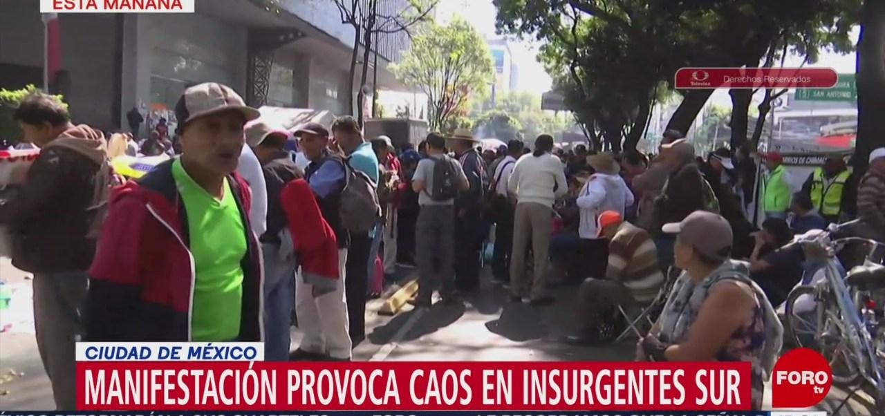 Manifestantes bloquean Insurgentes y Constituyentes