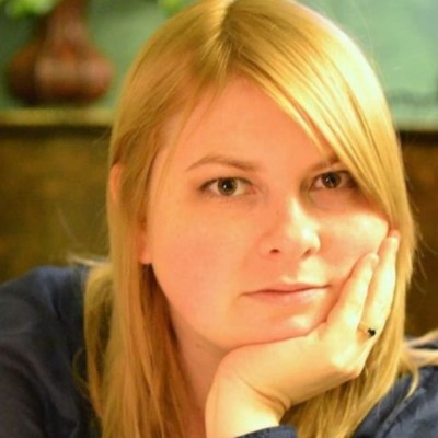 Muere activista ucraniana por ataque con ácido