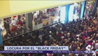 Black Friday atrae a millones de consumidores a tiendas de Estados Unidos