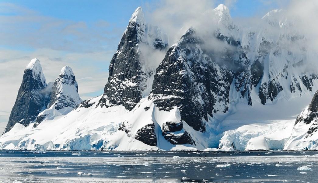 Antártida Continentes Perdidos Restos Satélite Placas