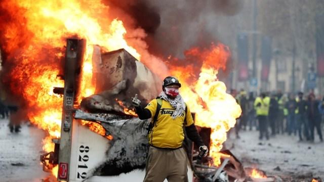 Francia: Nueve detenidos en protestas contra gasolinazo