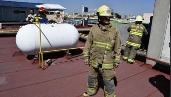 Olor a gas causa alarma en Clínica del IMSS en Guadalajara