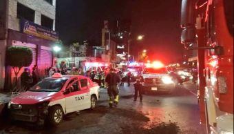 Camioneta provoca accidente múltiple en calzada de Tlalpan, CDMX