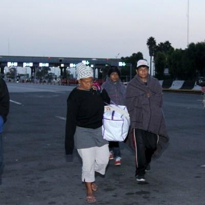 Caravana migrante avanza de Querétaro a Guanajuato