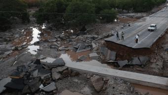 """AMLO anuncia visita a comunidades afectadas por """"Willa"""" en Nayarit"""