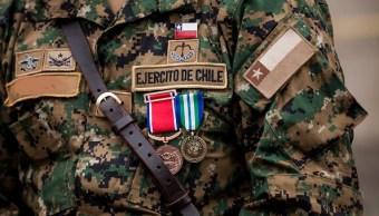 Ejército de Chile remueve a 21 generales por fraude