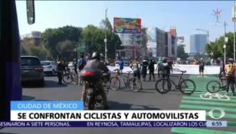 Ciclistas se enfrentan con automovilistas en la CDMX