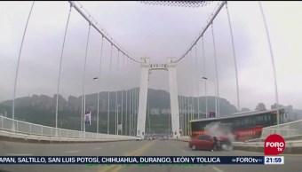 Discusión Camión Trasporte Público Termina Muertos Caer Puente