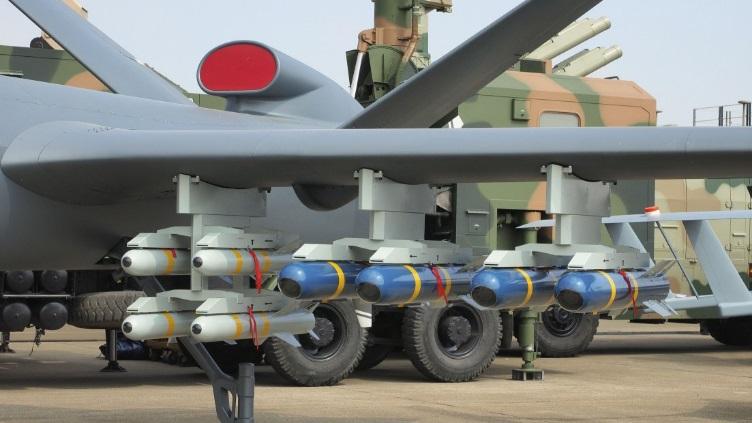 El CH-5 puede llevar 16 misiles, una cantidad superior a cualquier otro avion no tripulado (Janes/Archivo)
