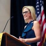 Demócrata gana Senado de Estados Unidos por Arizona