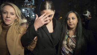 Emma Coronel expulsada del juicio de 'El Chapo' por celular