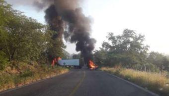 PGR Jalisco investiga enfrentamiento entre marinos y hombres armados en Tomatlán