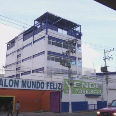 Padres de familia son víctimas de fraude en escuela de CDMX