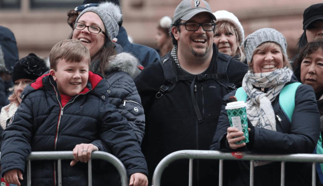 Trump celebra Acción de Gracias y felicita a estadounidenses