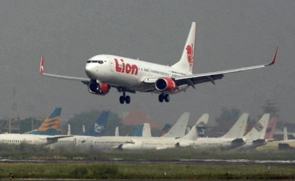 Accidentes de Aeronaves (Civiles) Noticias,comentarios,fotos,videos.  - Página 15 Fotos-lion-air-sumatra-aeropuerto-accidente