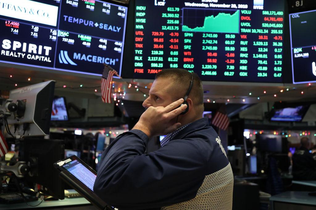 Wall Street cierra con ganancias y el Dow Jones avanza