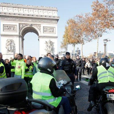 Francia: Suman 409 heridos durante protestas por 'gasolinazo'