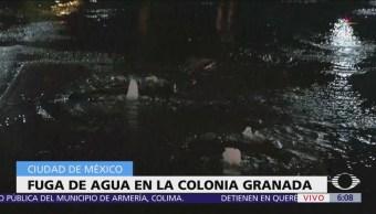 Fuga de agua en la colonia Granada, CDMX