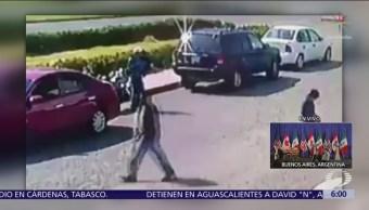 Hombre roba motocicleta en Central de Abasto de Tultitlán, Edomex