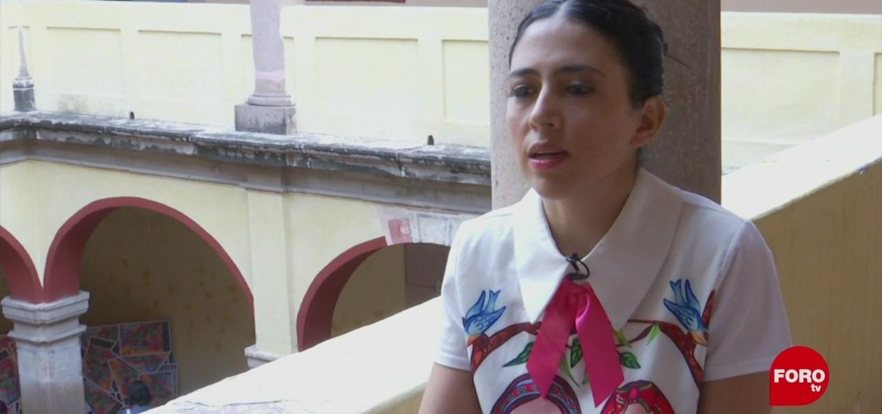 La animadora Karla Castañeda