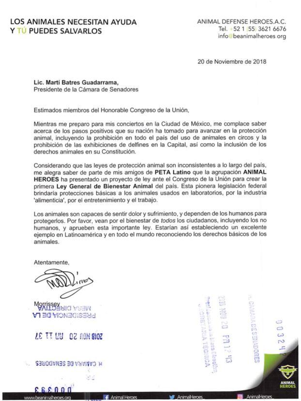 La carta enviada por Morrissey llegó al senado de parte de la iniciativa Animal Heroes (SinEmbargoMX)