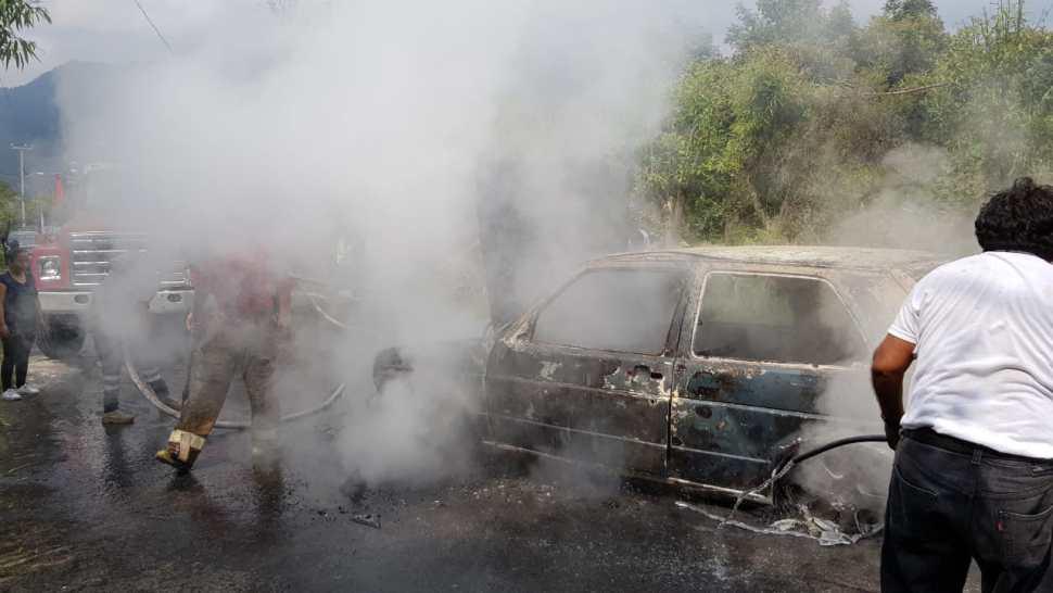 Linchan y queman a 4 presuntos secuestradores en Zitácuaro,