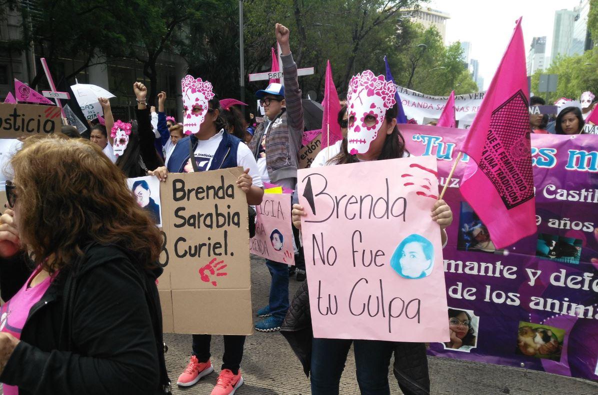 marchan en cdmx para exigir cese de feminicidios