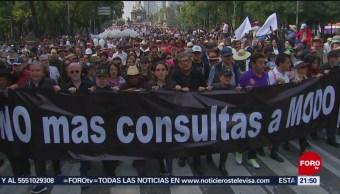 Marchan a favor del aeropuerto en Texcoco