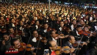 Mariachis festejan a Santa Cecilia en Garibaldi